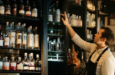 Photo for: 10 Gins Bartenders must add to their list